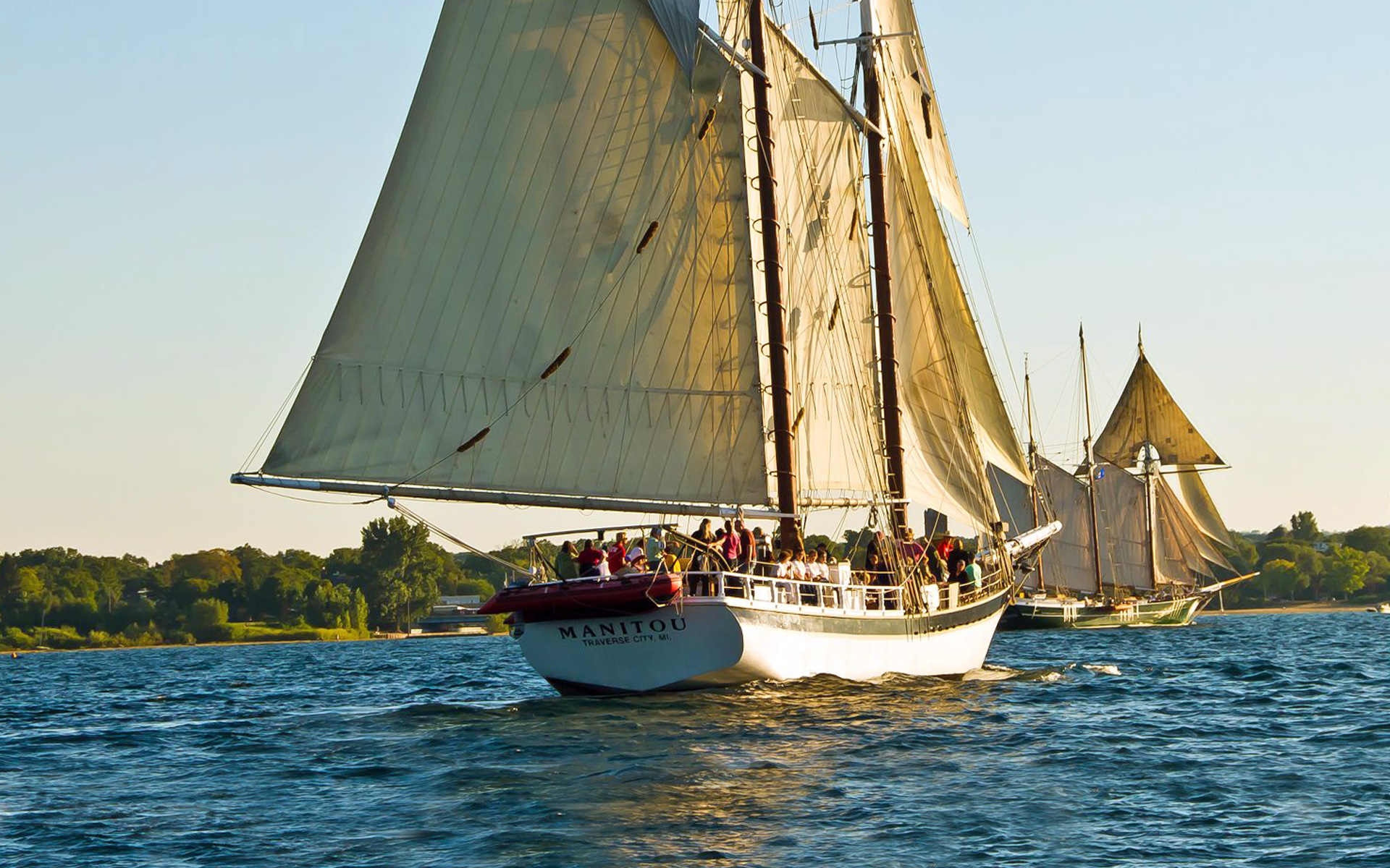 Tall Ship Manitou | Traverse Tall Ship Co